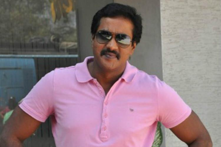 actor sunil to ditch hero role for next film return to comedy the