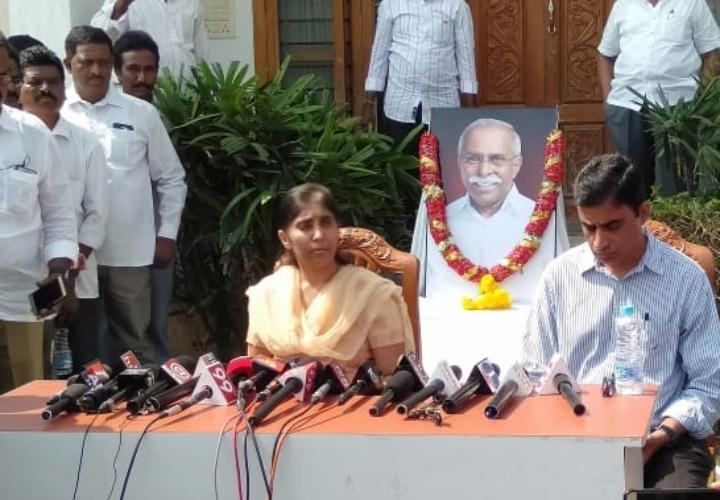 Suneetha Narreddy speaking at a press meet