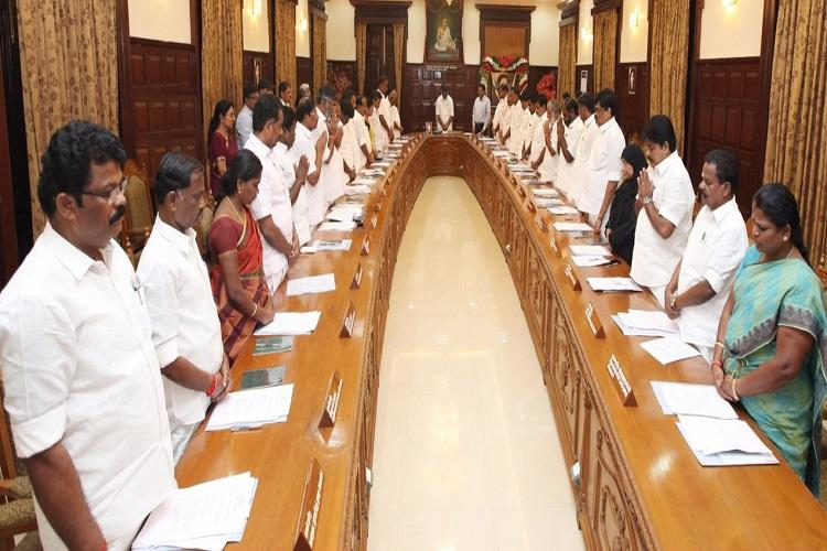 TN Cabinet resolves to ask centre to bestow Bharat Ratna to Jayalalithaa
