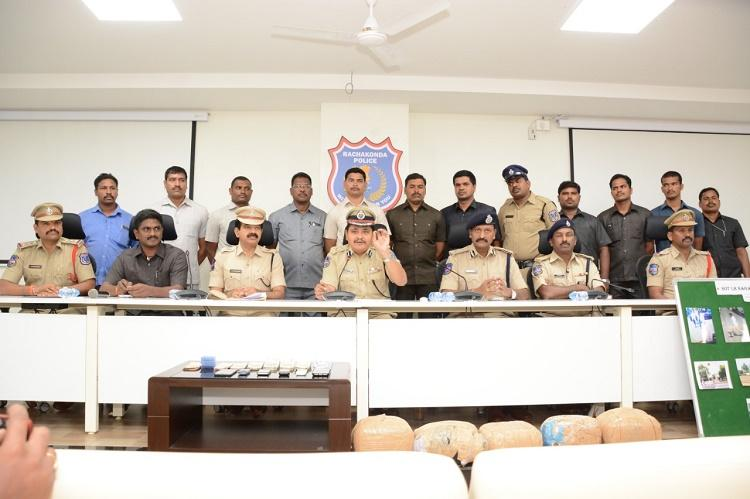 Hyderabad cops bust interstate gang of thieves recover Rs 41 lakh in cash
