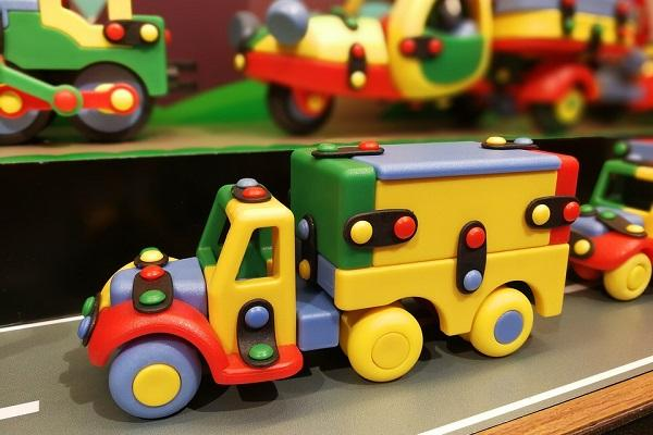 Govt mulls curbs on import of toys as it looks to develop domestic industry