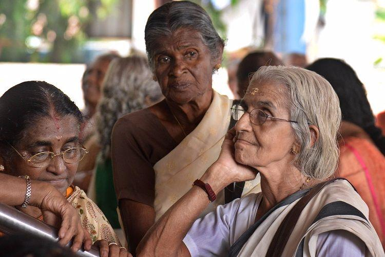 Keralas treasuries face cash crunch on payday pensioners slog it out in long queues