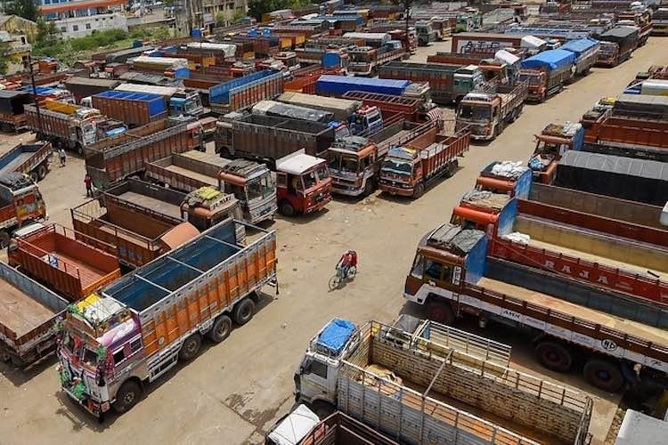 Will there be Lorry strike in Tamilnadu on September 19 due to hefty fines?
