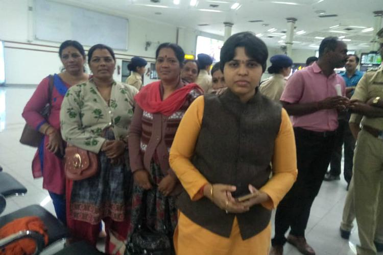 Wrong to stop us intimidate us Trupti Desai sends message from Cochin airport