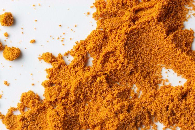 The yellow colour of the turmeric and why its beneficial to your health