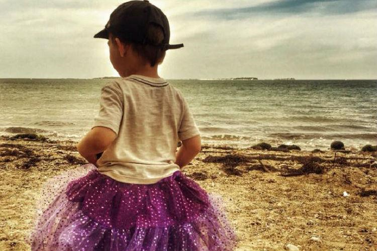 A mothers response to stranger who asked why her son wears tutus is winning the internet