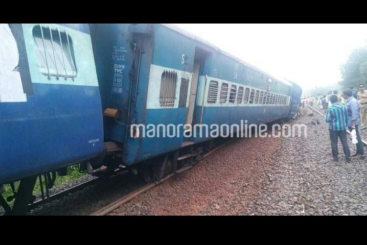 Thiruvananthapuram-Mangalore express derails near Kochi 12 coaches off-track