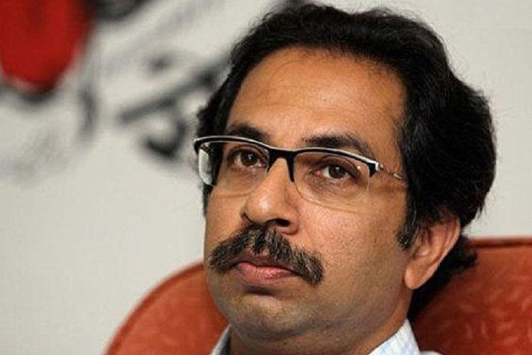 Stop treating people like criminals Shiv Sena writes to Jaitley over demonetisation