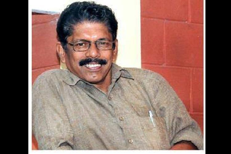 Writer UK Kumaran chosen for this years Vayalar award for his novel Thakshankunnu Swarupan