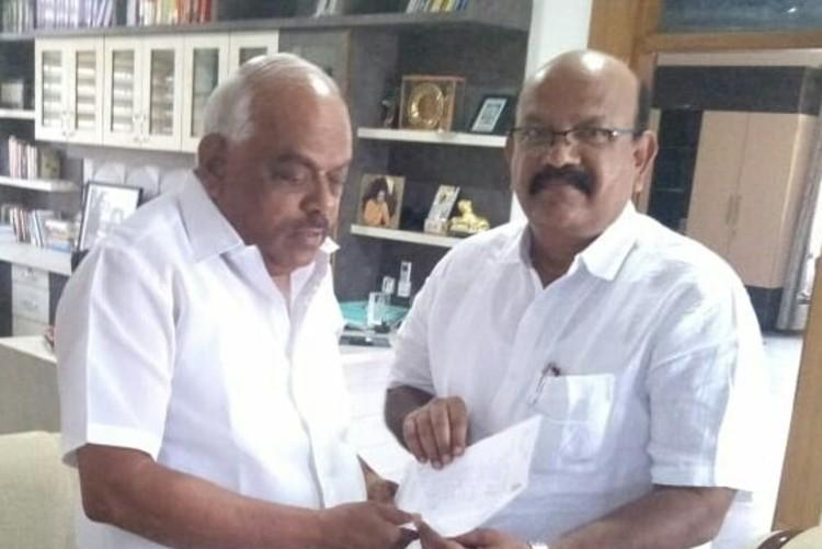 Rebel Cong MLA Umesh Jadhavs exit Ktaka Speaker finally accepts resignation