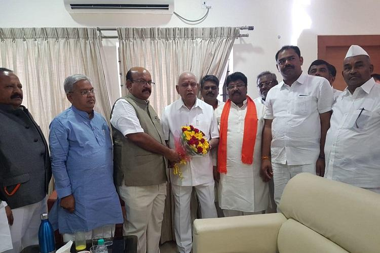 Former Cong leader Umesh Jadhav to be BJP candidate from Gulbarga