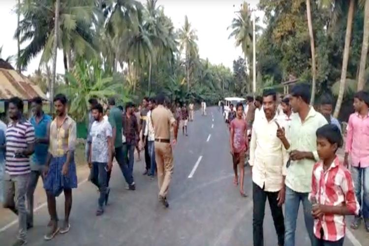 2500 families evacuated in Katrenikona East Godavari due to gas leak from rig well