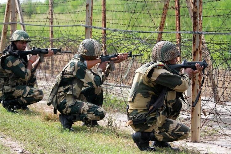 Uri attack an inside job says Pakistan Defence Minister