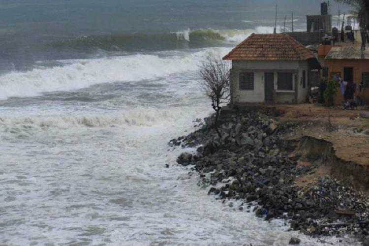 Keralas climate refugees increase as sea eats into coast