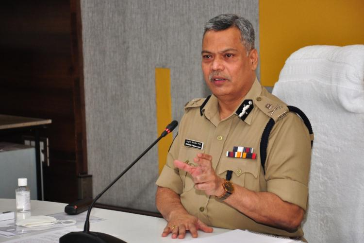 Vijayawada City Police Commissioner Dwaraka Tirumala Rao briefing the details about the incident in a press meet