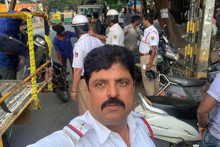 Bengaluru traffic cop who booked 600 drunk driving cases gets Presidents medal