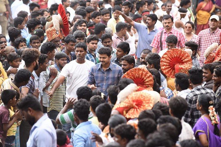Vijay mobbed by fans at a wedding in Pondicherry