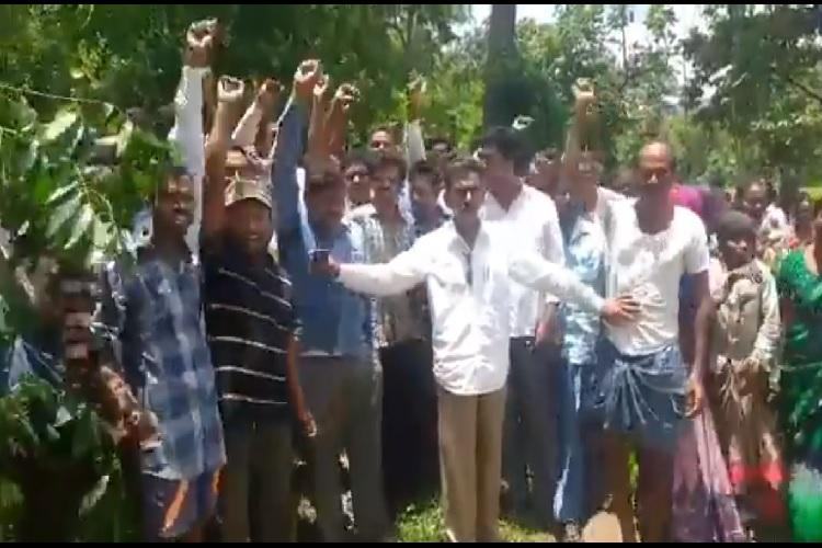 Maoist killed by Telangana police locals protest against police action