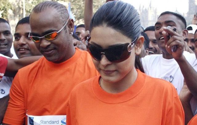Case registered against Vinod Kambli wife for allegedly assaulting domestic help