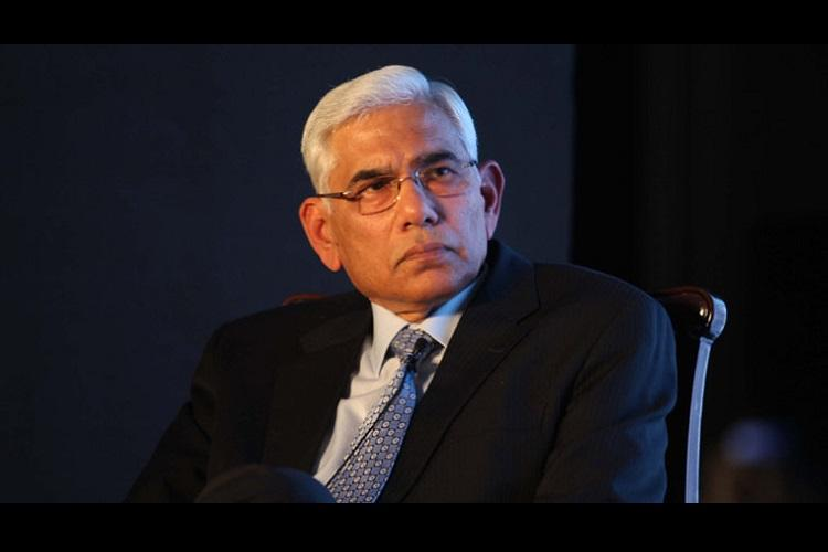 Vinod Rai, CAG report in middle of controversy
