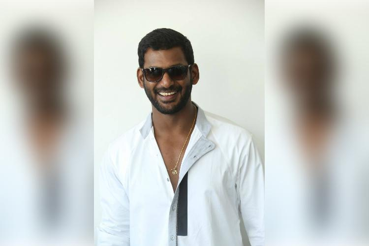 Vishal signs two new deals to work on them simultaneously