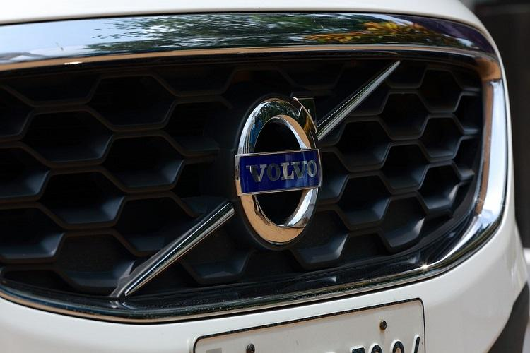 Auto major Volvo to have electric motors in all its vehicles by 2019