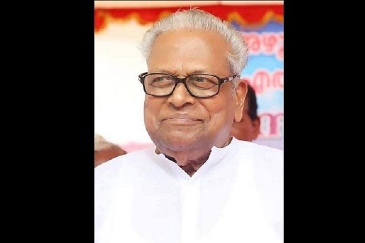 Achuthanandan let off with a warning yet again over indiscipline