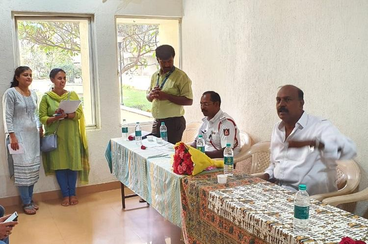 Bengaluru residents make their voices heard to civic officials push for accountability