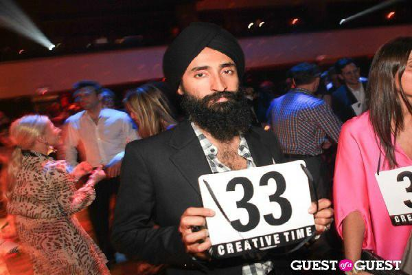 Sikh actor prevented from boarding plane to US due to turban