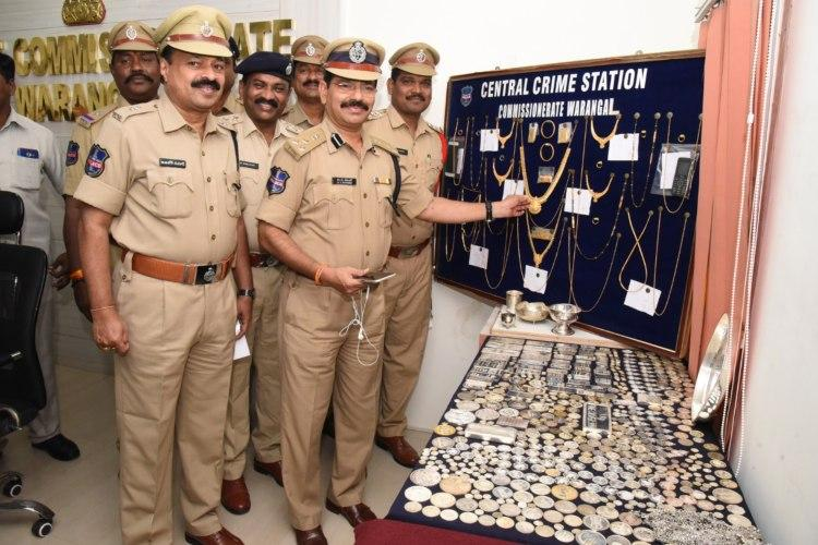 Warangal cops nab two men wanted in over 15 robberies recover gold worth Rs 35 lakh
