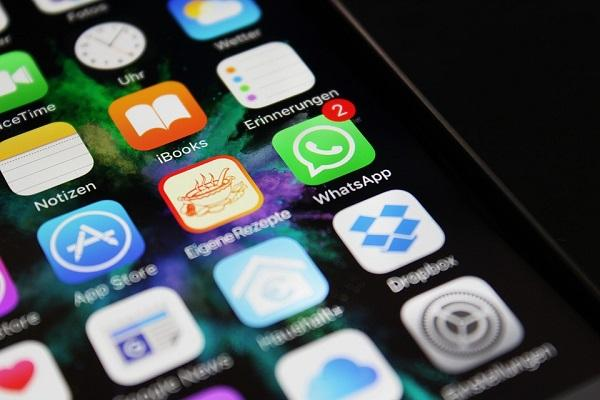WhatsApps just released a new update for IPhone introduces filters albums and reply shortcuts