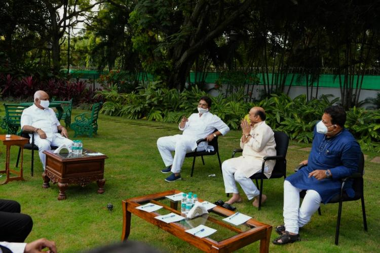 CM Yediyurappa meeting with Ministers on the lawns