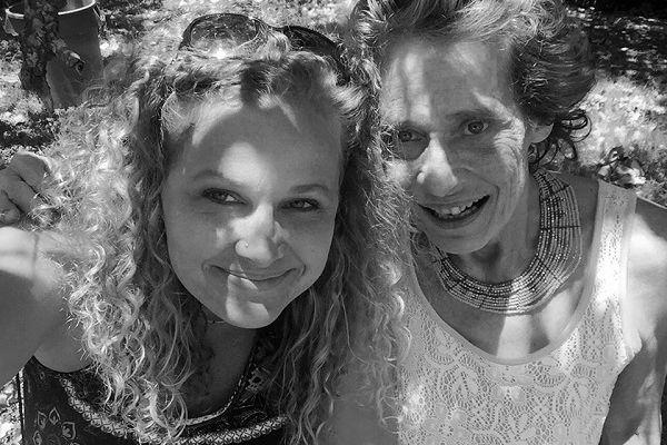 I want to show the world how beautiful she is A daughter documents her mothers struggles with schizophrenia