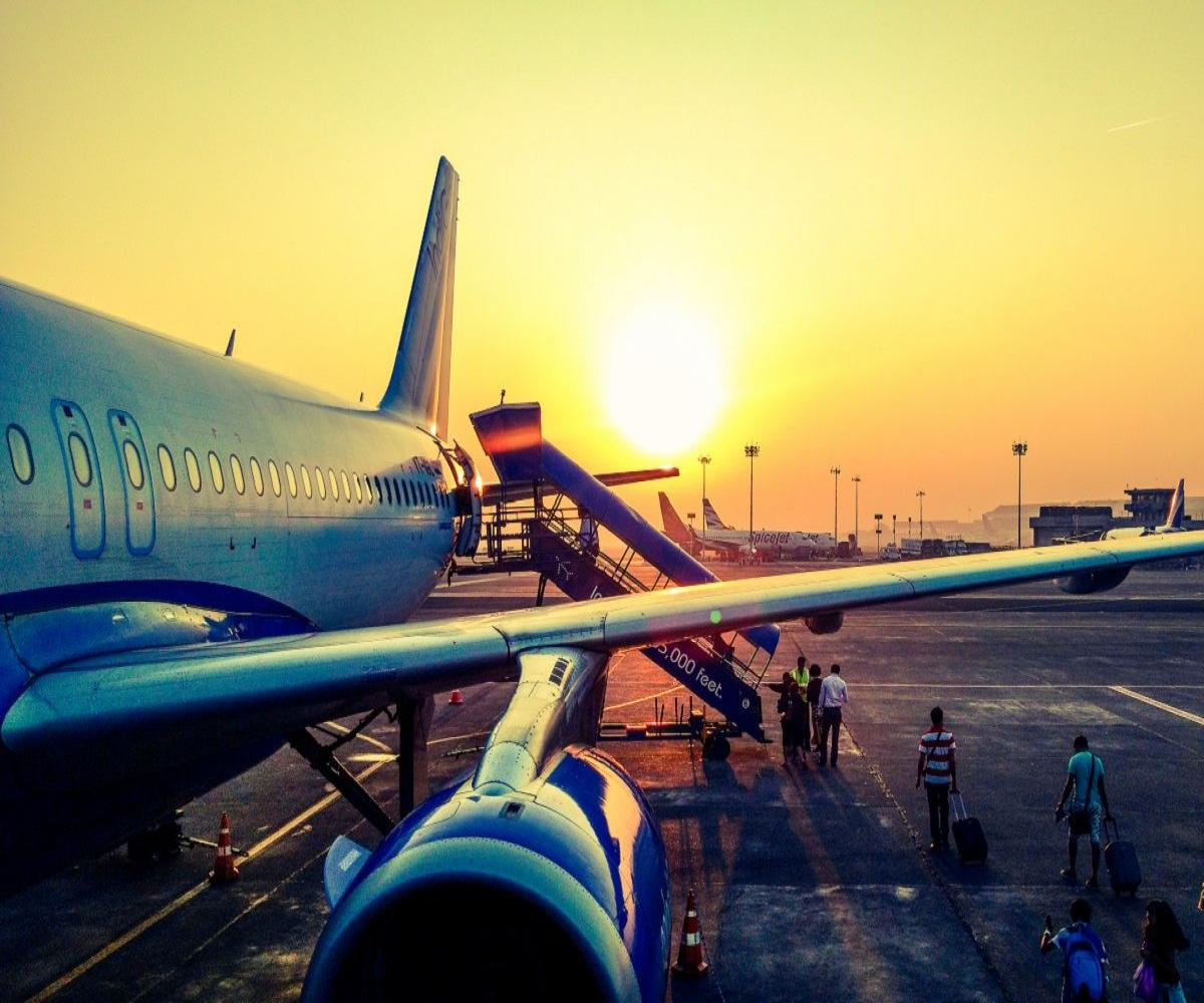 Canada and Kuwait ban flights from India due to rising COVID-19 cases