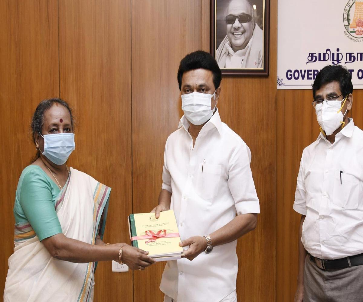 Nearly 3 years after Thoothukudi firings, inquiry commission submits report to TN CM