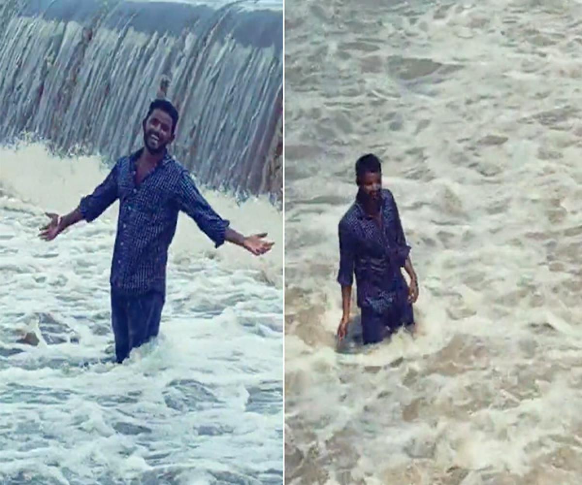 This Telangana Man drowned in stream while taking TikTok Video