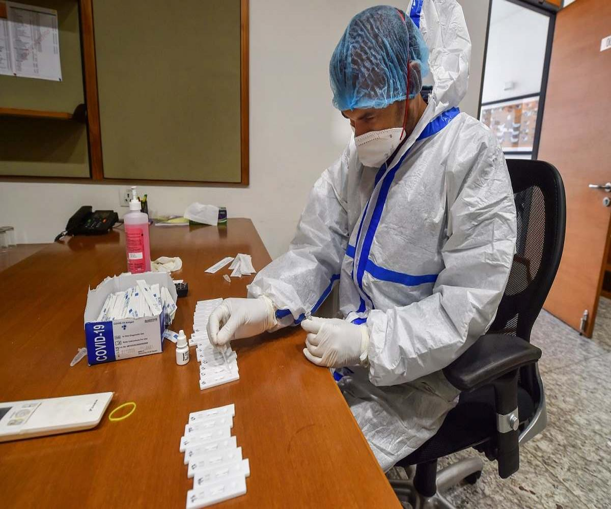 Slack in COVID-19 precautions, spread of variants could be behind second wave: Experts