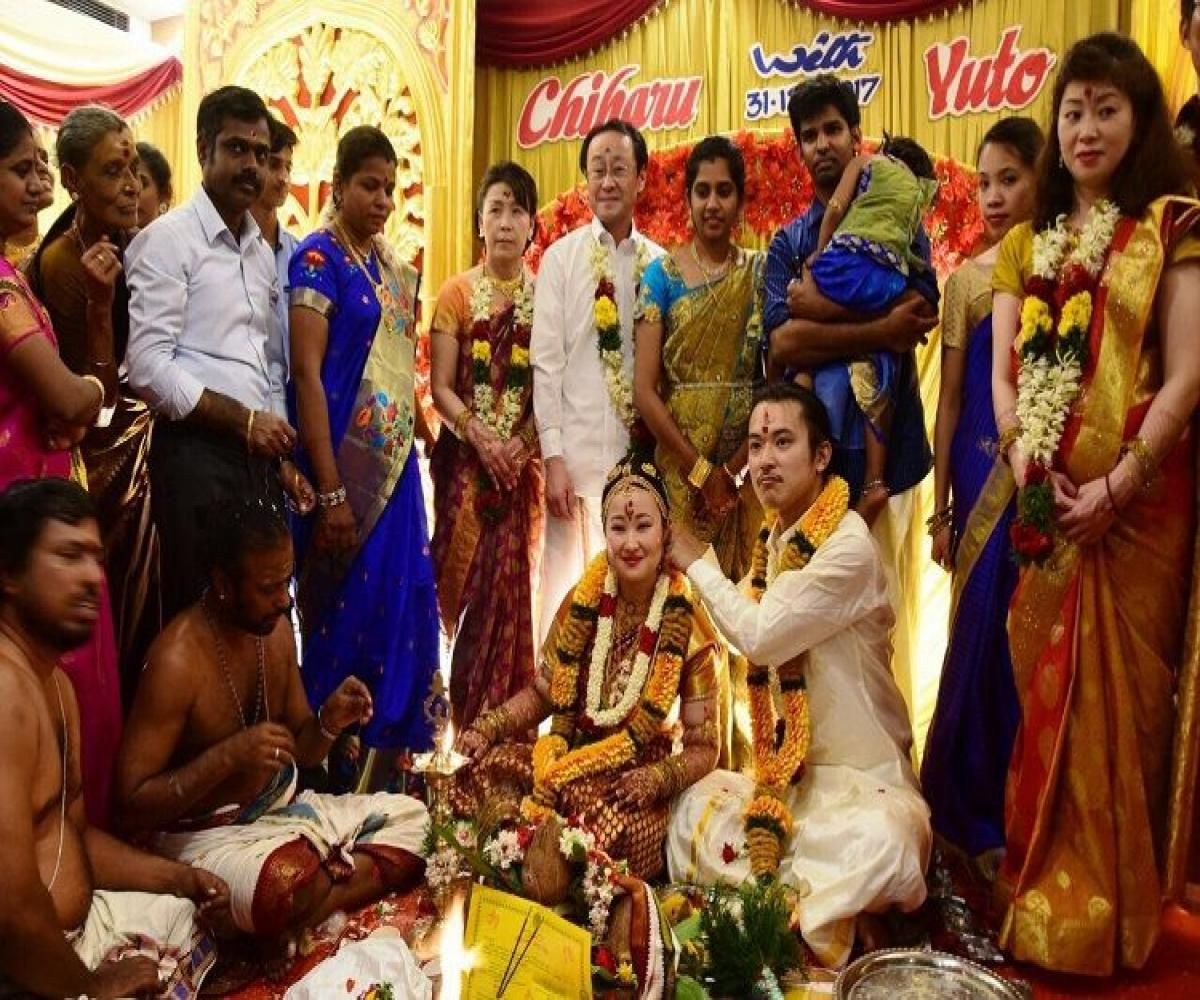 For The Love Of Tamil This Japanese Couple Came To Madurai To Get Married The News Minute