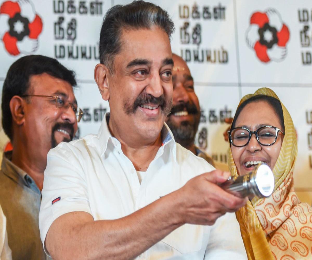 Kamal releases MNM manifesto: Self-sufficient villages to abolishing NEET