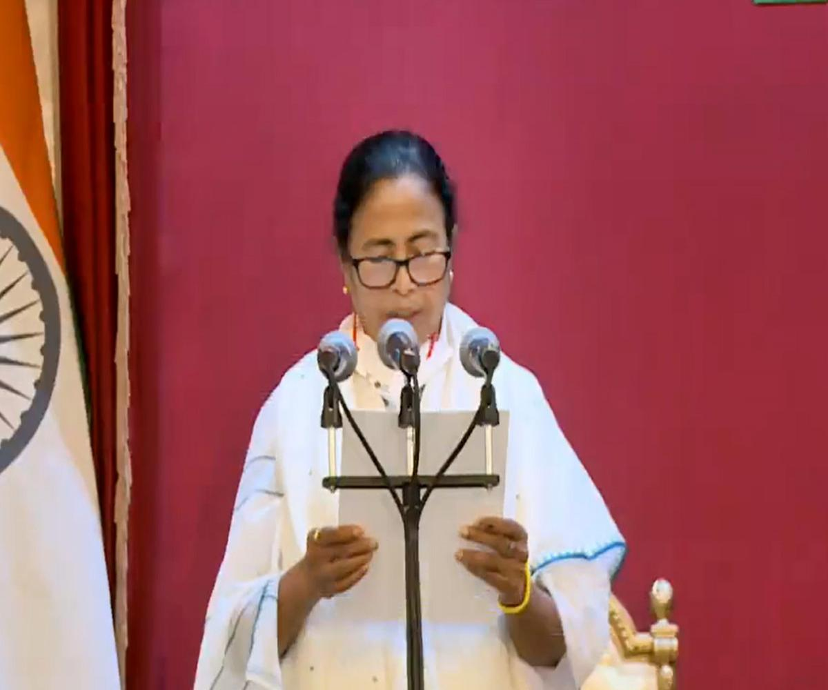 Mamata Banerjee sworn in as West Bengal Chief Minister for third time