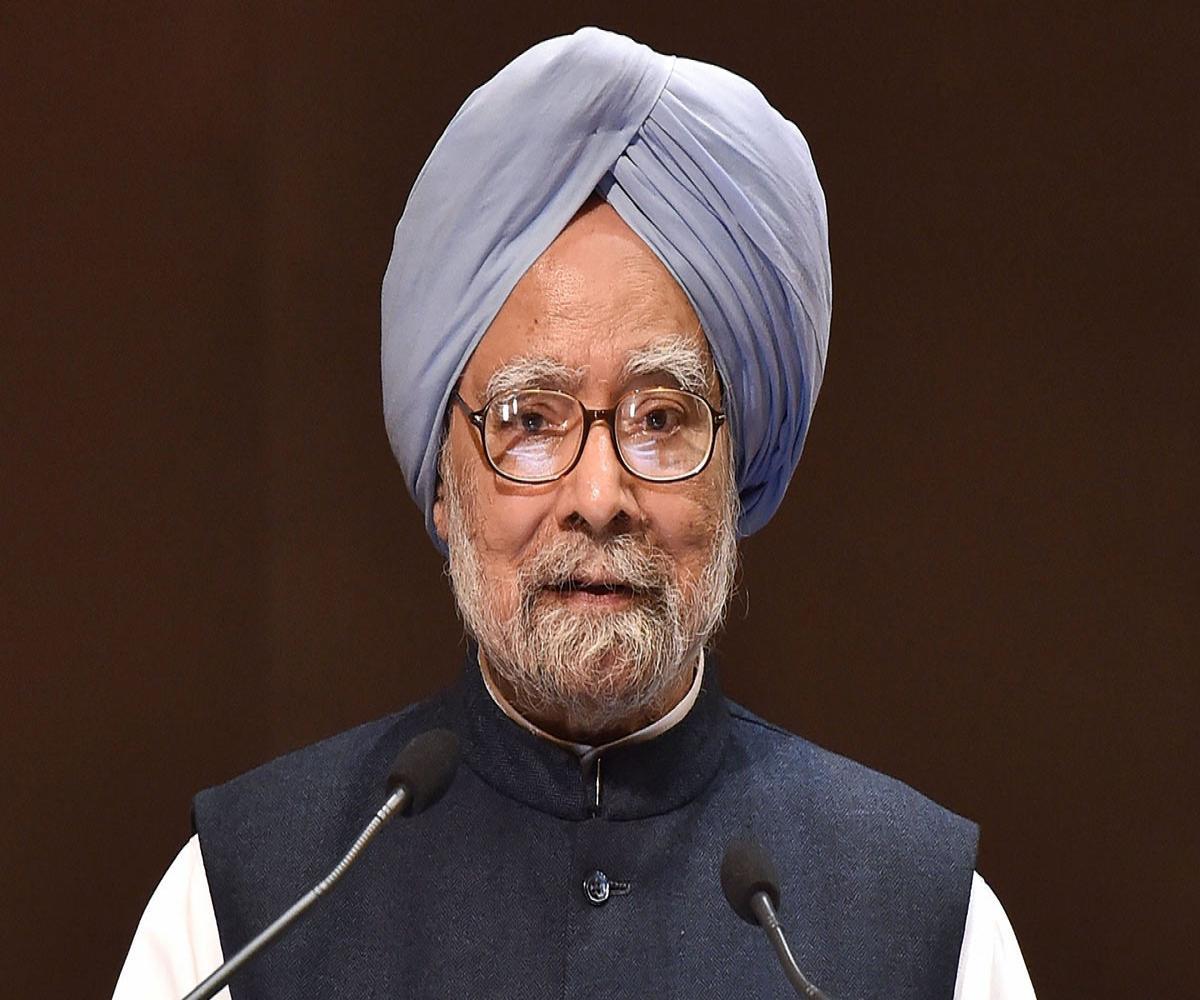 Ramping up vaccination key to fighting pandemic: Former PM Manmohan Singh to PM Modi