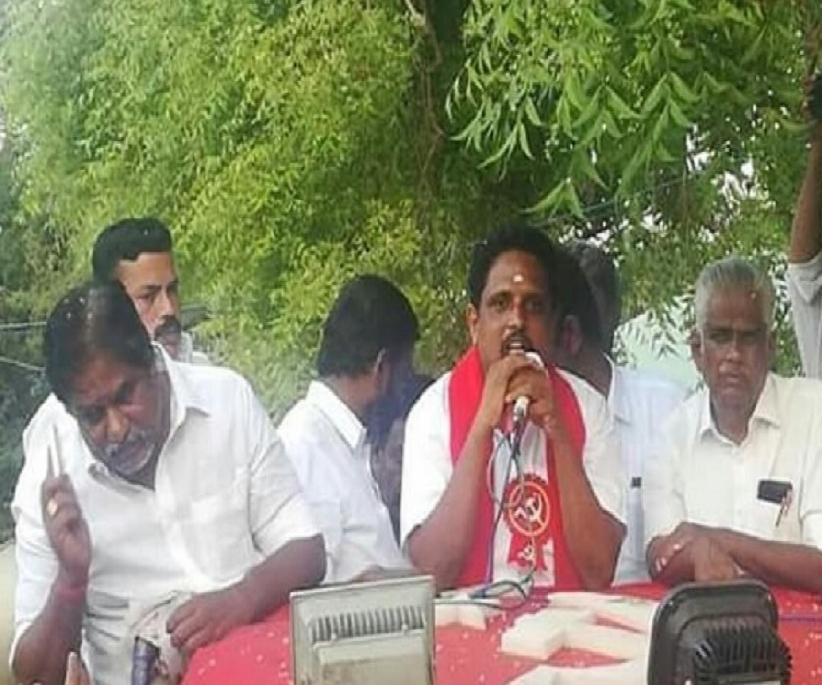 Temple visits to chanting god names: DMK alliance counters the anti