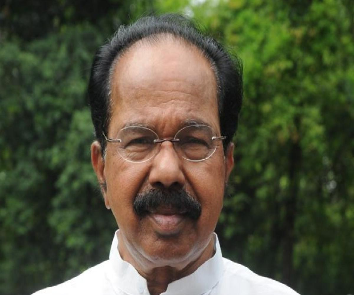 Veerappa Moily distances himself from 'G-23' Congress meet in Jammu