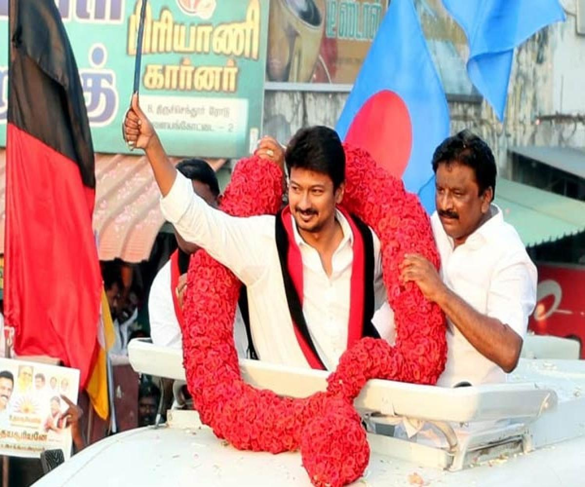 Udayanidhi Stalin promises textile park at Sankarankoil weavers hub