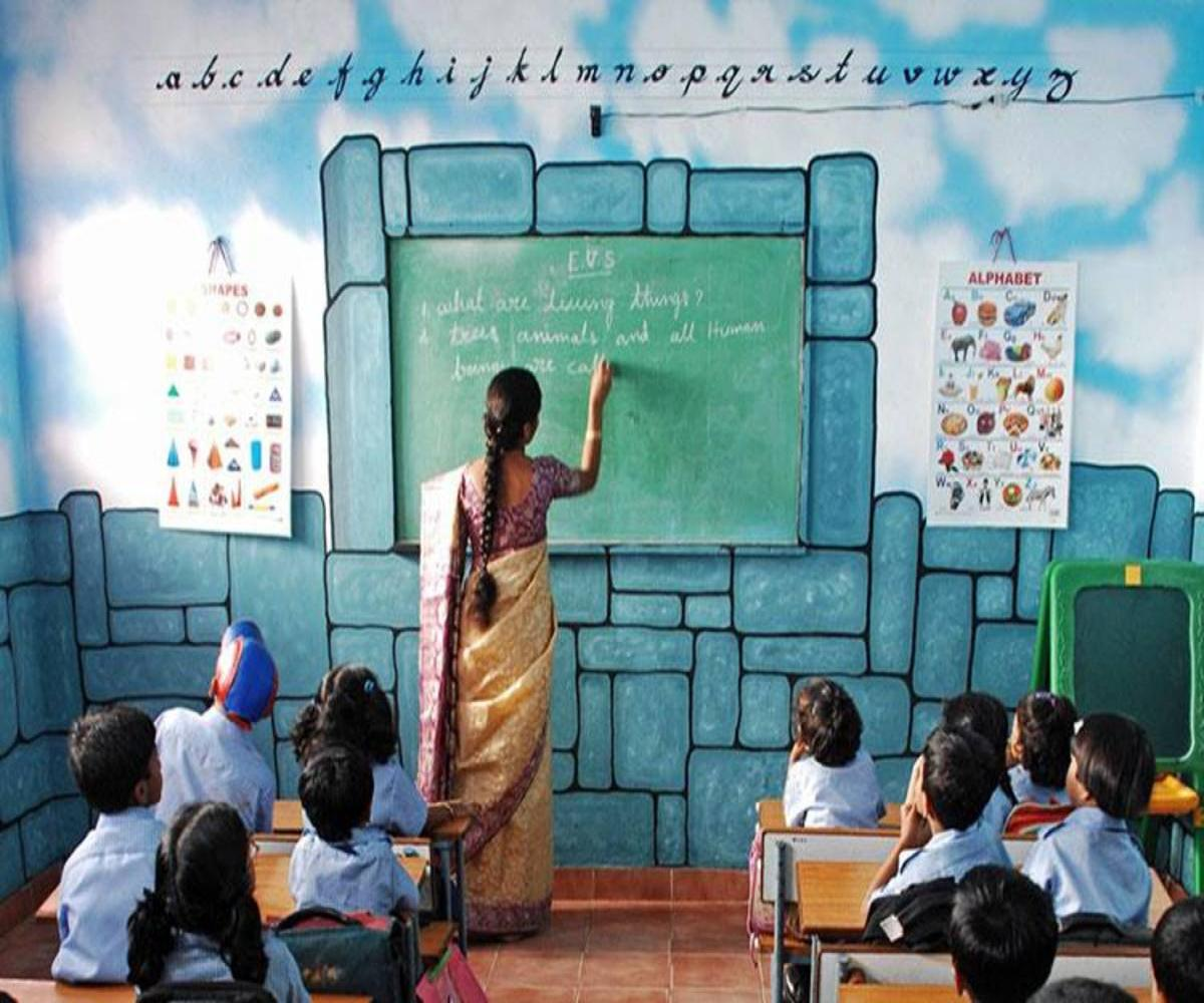 Teachers of TN govt and govt-aided schools can work from home from May 1
