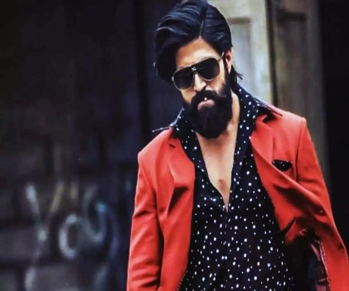 Yash Resumes Shooting For Kgf Chapter 2 The News Minute Get yash chopra photo gallery, yash chopra pics, and yash chopra images that are useful for samudrik, phrenology, palmistry/ hand reading, astrology and other methods of prediction. yash resumes shooting for kgf chapter
