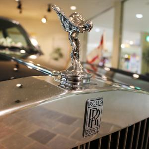 Rolls-Royce and Infosys sign strategic partnership for aerospace engineering in India