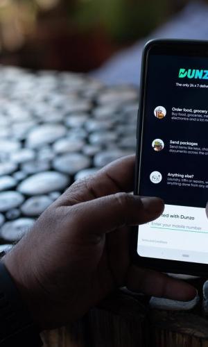 Dunzo app on phone