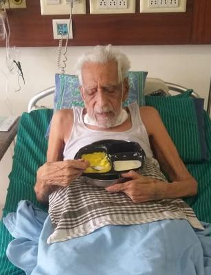 103-year-old freedom fighter HS Doreswamy recovers from COVID, discharged
