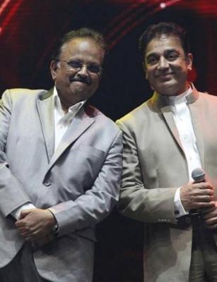 Kamal Haasan visits SPB at hospital, says singer remains critical